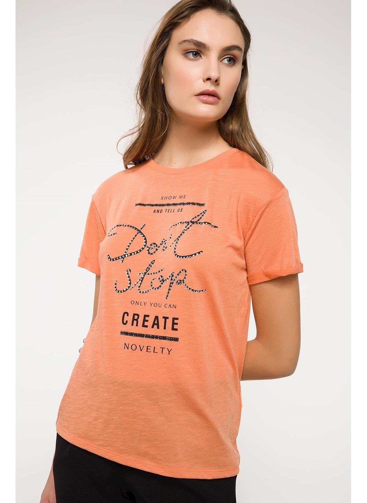 Defacto Taş Detaylı T-shirt I9917az18spog364t-shirt – 39.99 TL